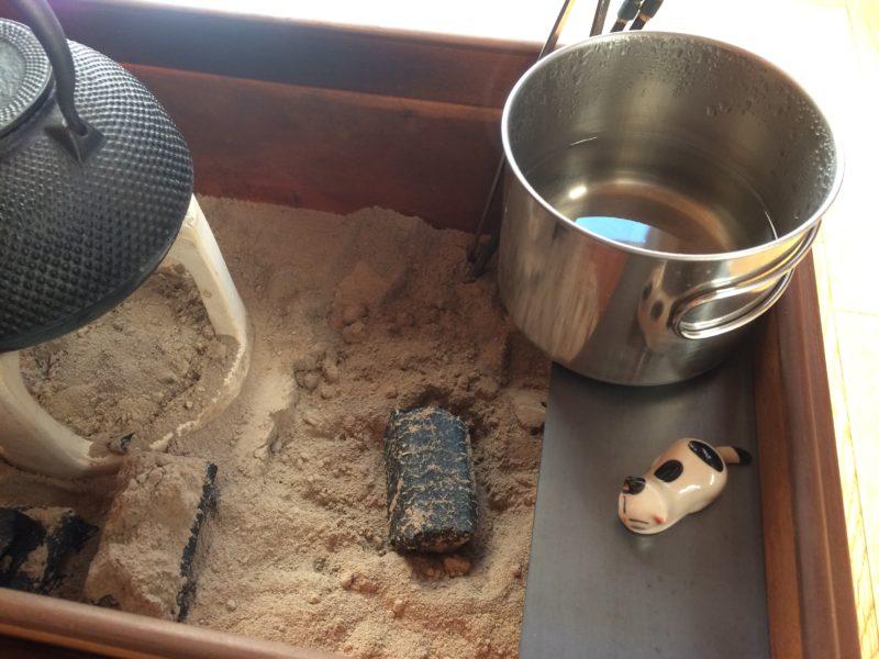 火鉢 一酸化炭素 火事 防災対策
