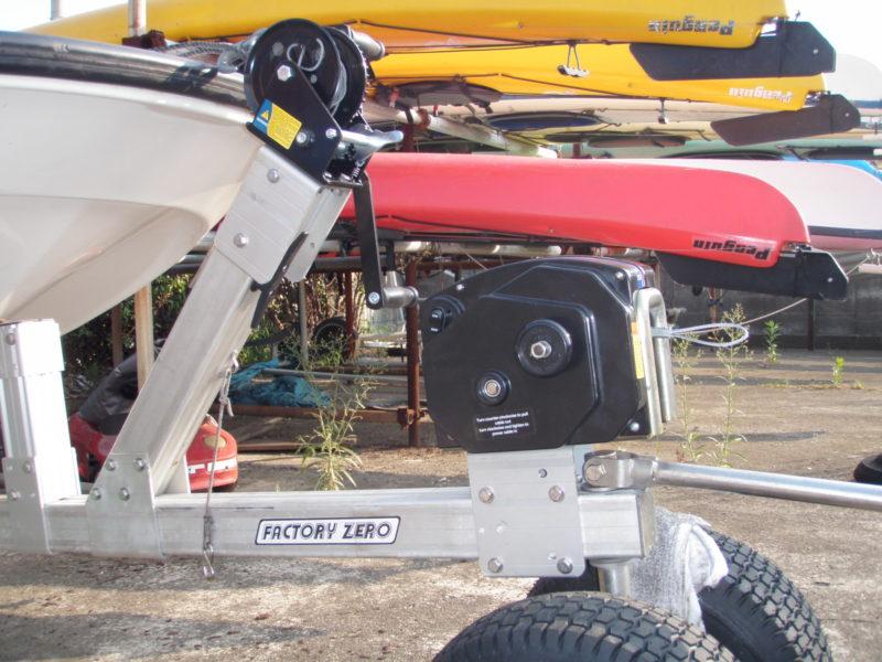 砂浜 ボート 電動 ウインチ