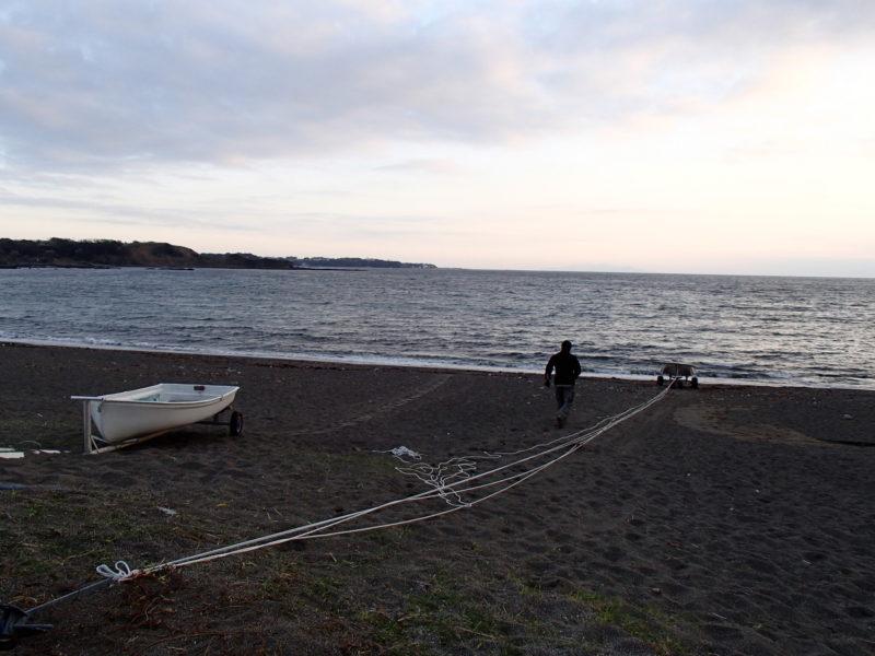砂浜対策 倍力システムでボートを引き上げる②