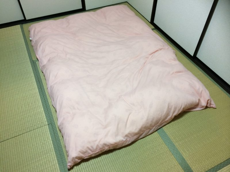 イスカ(isuka)モンベル(montbell)寝袋バック
