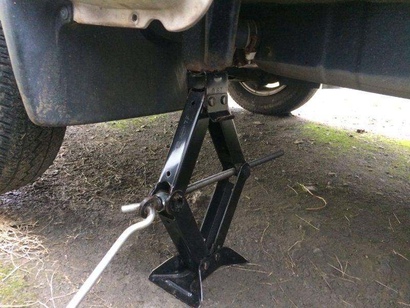 サンバー ブレーキパッド 交換