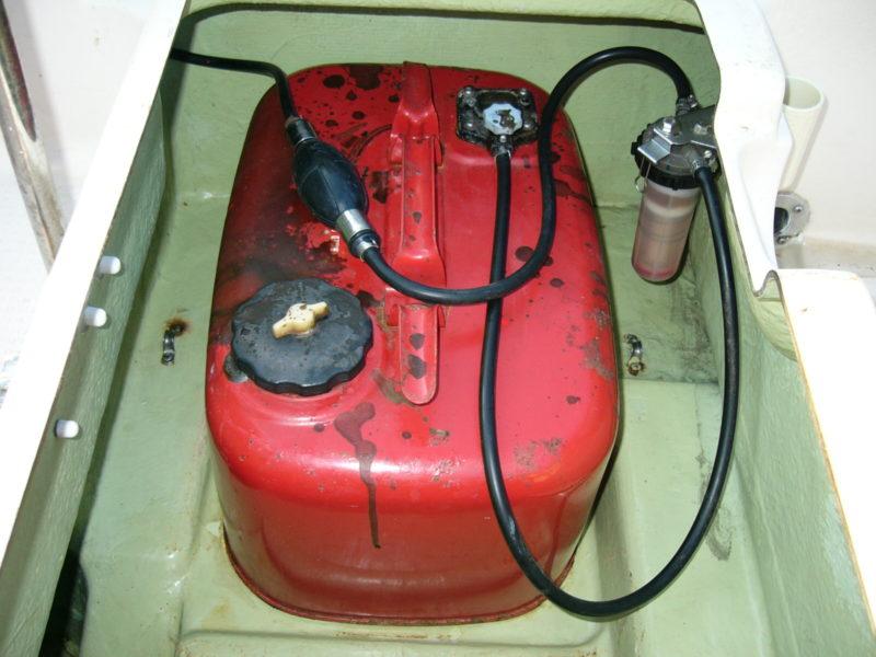 ヤマハ ボート燃料タンク